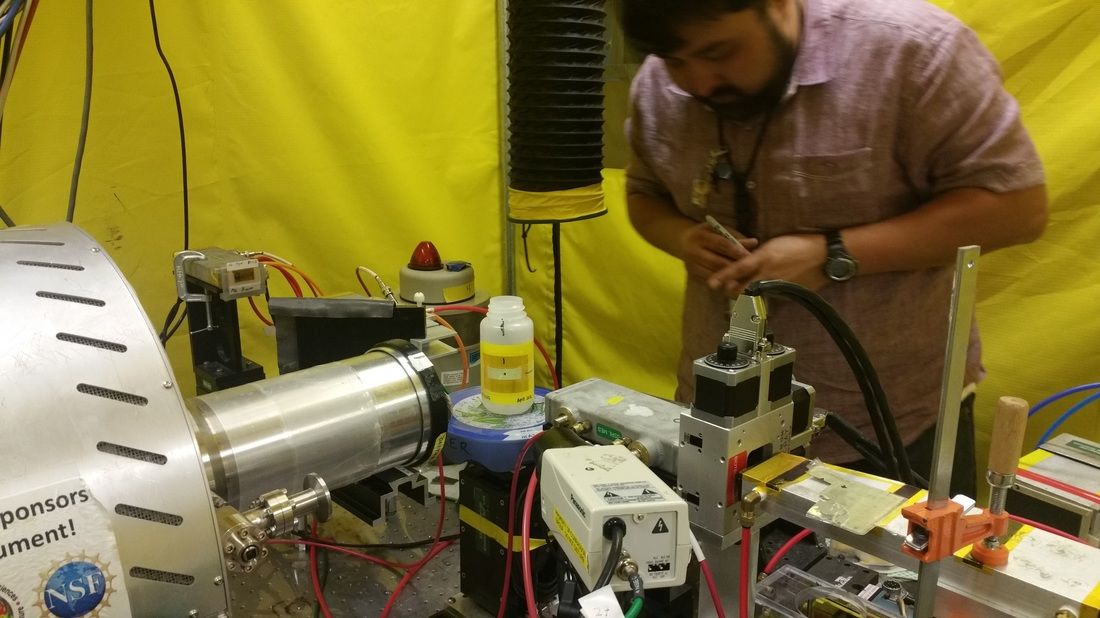 Juan Lezama Of Stanford Earth System Science And SSRL Testing Out A Liquid Sample Reactor For Cr Analysis Collaborative Project With Prof